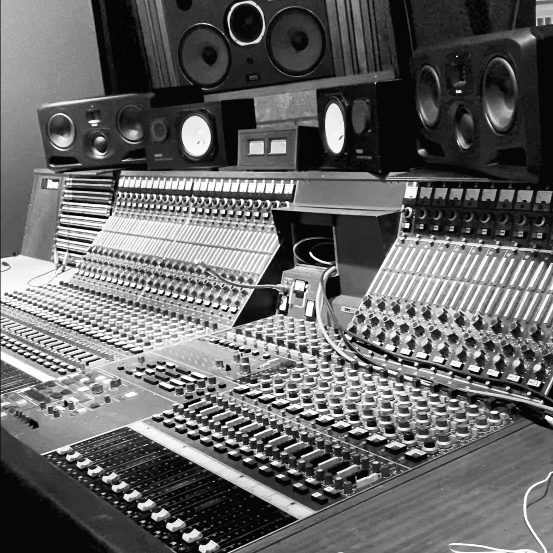 EMI NEVE vintage A3096 in Studio C at ICP recording studios